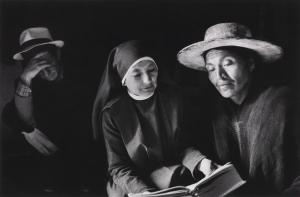 nun-reading